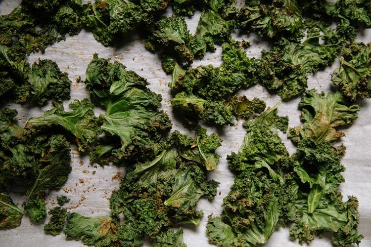 What does kale taste like?